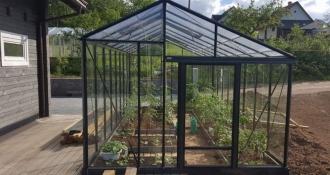 Šiltnamis Juna 3,80 /14.40 m2 / su 4mm saugiu grūdintu stiklu ir su aliuminio pagrindu