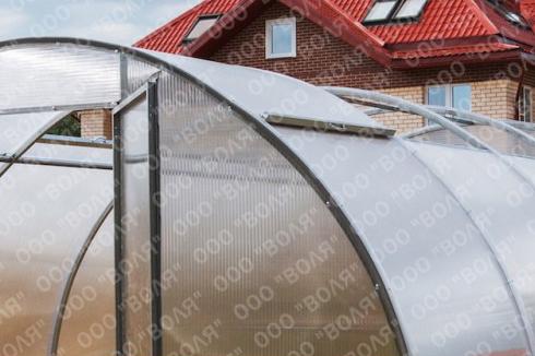 Теплицы из поликарбоната с раздвижной крышей своими руками 67